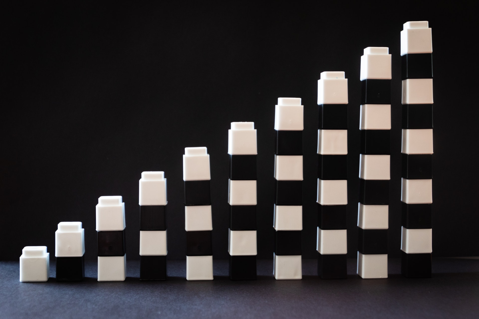 Towers of blocks